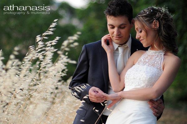 φωτογραφια γάμου το ζευγαρι στα σταχυα προφιλ